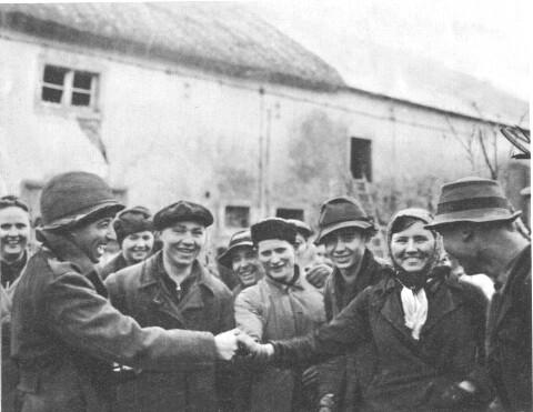 Bettina Elsker En Soldat [1916] - kremovreapoucart